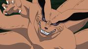 Kurama resistiendo el poderoso Genjutsu de Sasuke