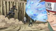 Chōji a punto de golpear a Asuma con su Bombardeo de la Bala Mariposa