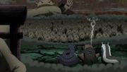 Los Mini Clones protegiendo al cuerpo principal del Diez Colas