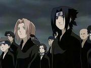 Sasuke y sakura en el funeral del hokag