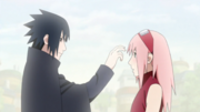 Sasuke se despide cariñosamente de Sakura