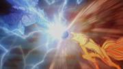 La Bola Bestia con Cola de Naruto impacta con el Chidori de Sasuke