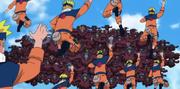 Naruto preparado para atacar a las marionetas con el Rasengan