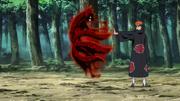 Nagato utilizando la habilidad del Camino Deva mediante uno de sus Caminos del Dolor