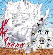 Kaguya transformada en una bestia de chakra gigante