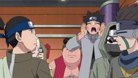 Minoji chamando seus companheiros