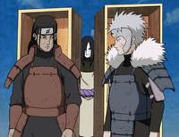 Orochimaru invocando a Hashirama y Tobirama