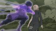 Sasuke utilise un Genjutsu sur Sakura