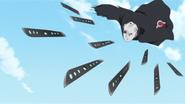 Shiun Uchiha lança suas lâminas