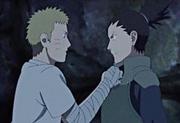 Shikamaru hace entrar en razón a Naruto