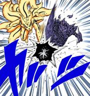 Naruto y Sasuke atacan a Obito