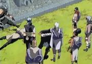 Kimimaro ayuda a derrotar al equipo de Shiore