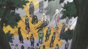Los Ninjas de Konoha descubren el cadáver del Tercer Hokage