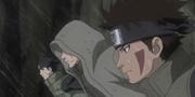 Kiba y Shino dirigiéndose a ayudar a Naruto