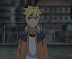 Boruto con la chaqueta original de Naruto y el protector de Sasuke