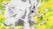 Kaguya se transforma en una versión inestable del Diez Colas