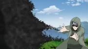 Shino usando los Kikaichū