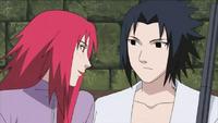 Karin tratando de seducir a Sasuke