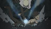 Menma es derrotado por Naruto mientras es controlado por Obito