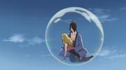 Utakata voando com Hotaru em sua bolha