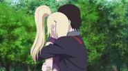 Sai abraça Ino