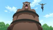 Dōshu prende o urso