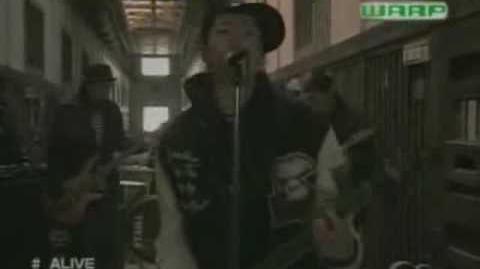 Raiko - Alive (Karaoke Sub Esp) (HQ - HD)
