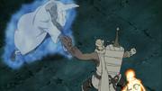 B protege a Naruto del ataque de A