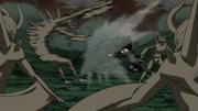 Sakura luchando contra los Mini Clones del Diez Colas