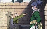 Yukimaru le da a Guren el recuerdo de su madre