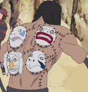 Kakuzu avec ses masques