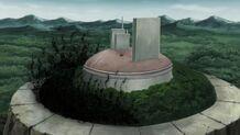El bosque de la guarida Uchiha siendo destruido por Amaterasu