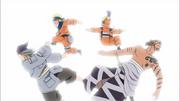 Os clones de Naruto derrubam Zōri e Waraji