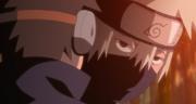 Obito observa el vacío en los ojos de Kakashi