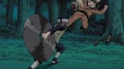 Naruto pega Mizuki de surpresa