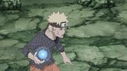 Naruto cria um Rasengan com uma mão