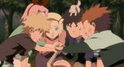 Yota se despide de sus amigos