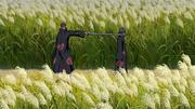 Jūzō ameaça Itachi