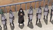 Kabuto liderando os ninjas de Oto