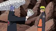 Konan le agradece a Naruto