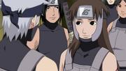 Tenzō es recibido por sus compañeros en el ANBU