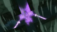 Sasuke contra-atacando o Chibaku Tensei de Madara