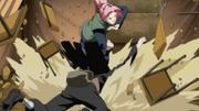 Sakura golpea al Neji impostor