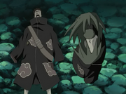 Zetsu recolhendo corpos