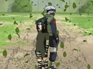 Kakashi e Sasuke chega