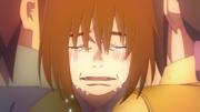 Enko cai em lágrimas