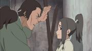 Tatewaki bota Naruto contra a parede