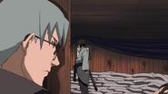 Kabuto vê Orochimaru derrotado