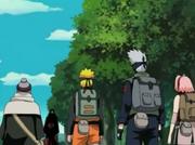 Itachi detiene al Equipo Kakashi y Chiyo