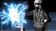 Kakashi atraviesa a Obito con su Raikiri